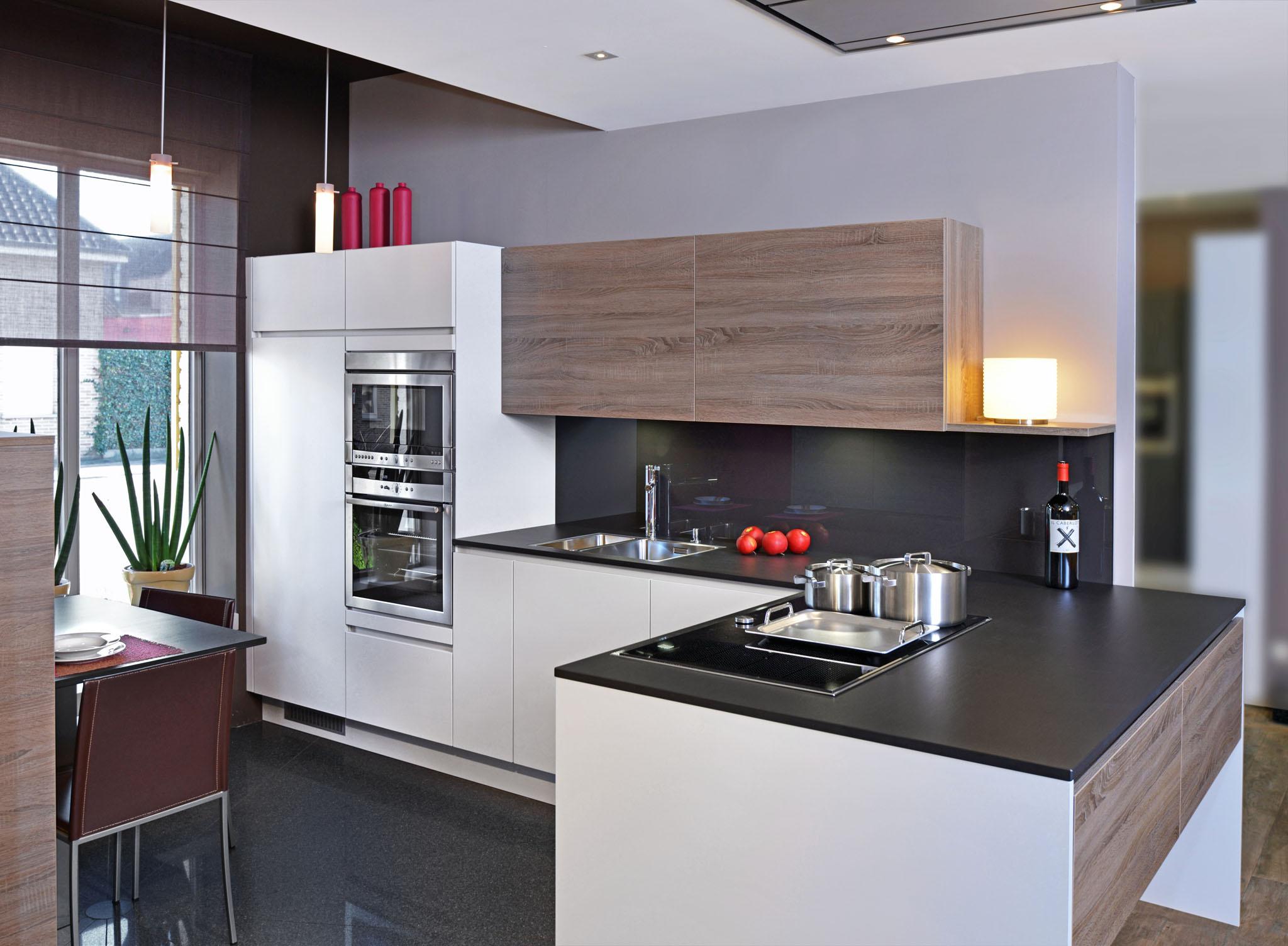Moderne of eigentijdse keuken
